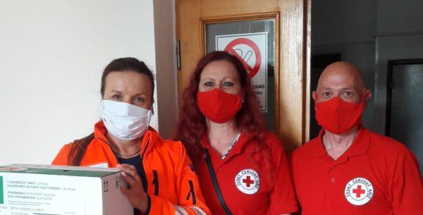 HSBC darovala Českému červenému kříži přes půl milionu korun na boj s koronavirem