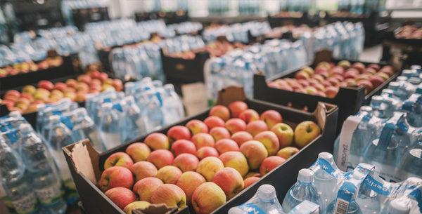 BILLA dodala přes 3 tuny ovoce do krajských nemocnic vKolíně a v Plzni